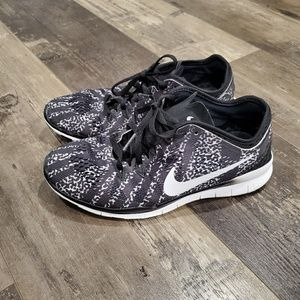 Nike shoes 6.5